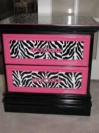 Pink Zebra Accessories For Bedroom by Best 25 Zebra Stuff Ideas On Pinterest Zebra Print Bedroom