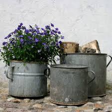 10 Rustic Flower Pots