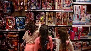 Toys R Us Art Master by Toys R Us Owes Big Money To Toymakers Its Bankruptcy Sparked