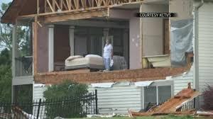 100 Homes In Kansas City Tornado Rips Apart Homes In Suburbs