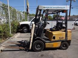 100 Truck Loader 10 Yale Gp040ae Forklift 4000 Lb Lift Compact