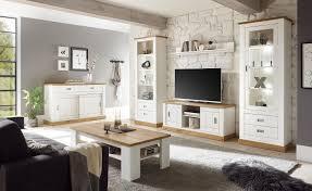 gemütliches wohnzimmer im landhausstil mit osimo 61 lomado