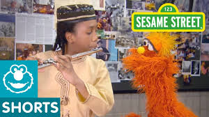 Sesame Street A Magical Halloween Adventure Spanish by Sesame Street Murray Goes To Flamenco Safe For Kids