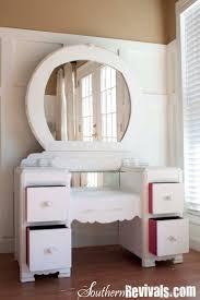 Celluloid Vanity Dresser Set by 12 Best Art Deco Vanity Images On Pinterest Painted Furniture