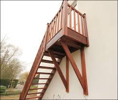 un palier d escalier mev sprl essence de bois le merbau
