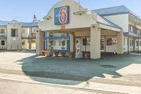 Lamp Liter Inn Motel Visalia by Motel 6 Visalia Ee Uu Visalia Booking Com
