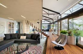 100 Melbourne Warehouse 1960s Warehouse Becomes Hip Green Home In Curbed