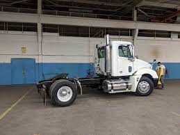 100 Semi Trucks For Sale In Illinois 2005 Freightliner Columbia 120 Day Cab Truck Streator IL