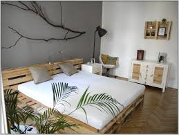 Pallet Bed Frame by Diy Wonderful Pallet Bed Ideas On A Budget Bright Lifestyle