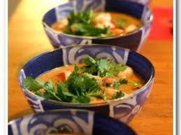 cuisine thailandaise traditionnelle recette soupe thailandaise de crevettes à la citronnelle