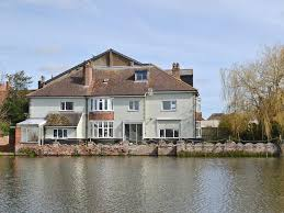 100 River Side House Vacation Home Side Beccles UK Bookingcom