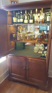 Locking Liquor Cabinet Amazon by Best 25 Liquor Cabinet Ideas On Pinterest Liquor Storage