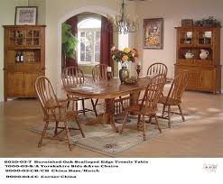 Solid Oak Trestle Table Scalloped Edge