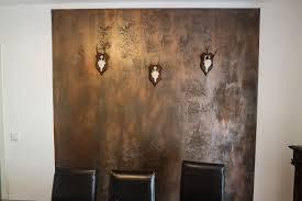 rustikale dekorwand in rostoptik für herrenzimmer