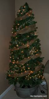 Seashell Christmas Tree Garland by Decorate A Christmas Tree With Burlap Christmas Lights Decoration