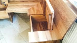 eckbank nach maß aus ulmenholz schreinerei vollholzgut