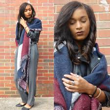10 chic an easy ways to wear a blanket scarf