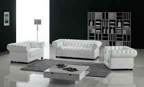 canapé chesterfield cuir blanc un canapé chesterfield le chic et le confort à la maison archzine fr