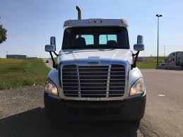2010 FREIGHTLINER CASCADIA FOR SALE #450