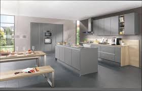 comment repeindre une cuisine en bois cuisine bois comment repeindre cuisine en bois