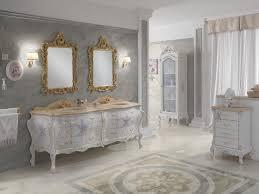 badezimmer möbel in barock stil mit prächtigen ornamenten