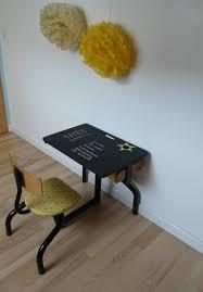 bureau bébé petit bureau d écolier vintage jaune et noir et sa chaise