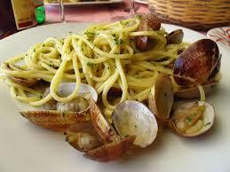 comment cuisiner des palourdes spaghetti aux palourdes la cuisine italienne