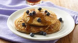 Bisquick Pumpkin Puff Pancakes by How To Make Pancakes Bettycrocker Com