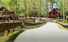 Stay at Pine Mountain Club Chalets Resort in Pine Mountain Ga