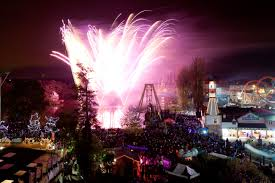 Halloween Theme Park by Epic War Of The Worlds Fireworks Spectacular Comes To Drayton