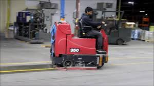 tomcat 350 industrial rider floor scrubber youtube