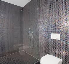 offene dusche spritzwasser vermeiden