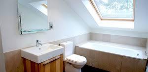 das badezimmer im dachgeschoss als kleine oase