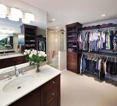 walk in wardrobe in the bathroom yes or no