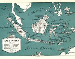 1945 Vintage EAST INDIES Picture Map Pacific Islands WHIMSICAL Pictorial Cartoon Borneo China Sea