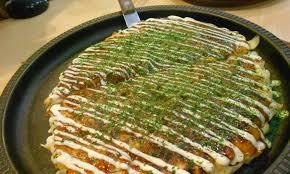 spécialité japonaise cuisine okonomiyaki une spécialité japonaise