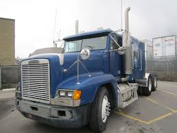 100 Arrow Trucks 1995 FREIGHTLINER FLD12064SD FOR SALE Used Semi