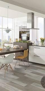 verbindet küche und esszimmer indem ihr den esstisch im