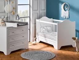 photo chambre bebe chambre bébé occitane blanc chambrekids