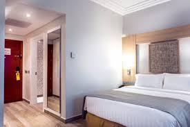 chambre accessible handicapé chambre standard 1 lit 1 bed picture of