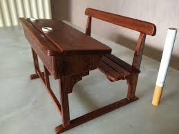 bureau ecolier en bois ancien bureau d écolier objets en bois