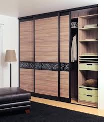 porte de placard chambre deco placard coulissant idace pour le placard de votre chambre