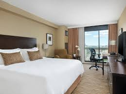 Deluxe Hotel Room With Private Balcony