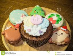 Cupcake Also British English Fairy Cake Hiberno Bun Australian Or Patty Is A Small Designed To Serve One Person