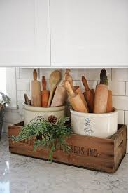 Charming Farmhouse Kitchen DIYs