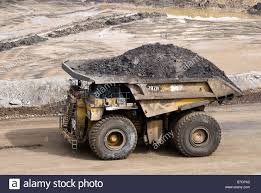 A Giant Dump Truck Hauls A Load Of Orr For Processing At A Tar Sands ... The Images Collection Of Jpg Wikimedia Commons August Contest Effinu Bangshiftcom Ebay Find Who Needs A Giant 1980s Chevrolet Dump Worlds Largest Ming Trucks Engineers World Yellow Truck Stock Photo Picture And Royalty Free Image Giant Dump Truck Hauls A Load Orr For Processing At Tar Sands Komatsu 960e Youtube Ford Turns Its F750 Into Ultimate Tonka Worlds Biggest Trucks Are Equipped With The Geislinger Biggest Suppliers And Building Kennecotts Monster One Piece Time Kslcom