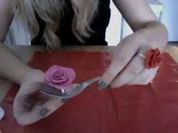 tuto fleur en pate fimo 1ere methode