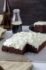 schwarzbier kuchen mit frischkäse topping rezeptebuch