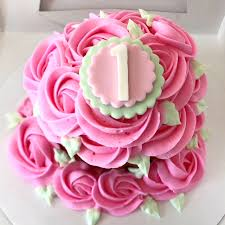 First Birthday Giant Cupcake Roses Smash Cake The Delivers