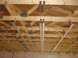pose rail placo plafond pose des suspentes et des rails pour le placo une m o b dans un